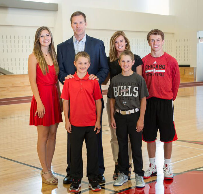 Fred-Hoiberg-Family-Photo