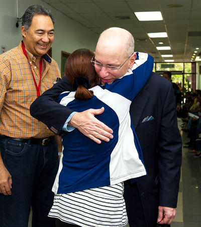 Dr. David Adams at the Mitral Foundation Mission in Dominican Republic
