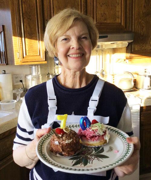 Marylins 70th Birthday Cake